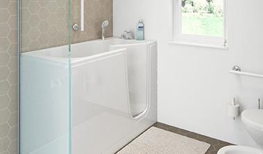 Bathtub with door for the elderly